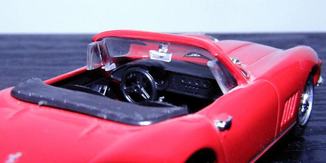 Ferrari 275 GTB/4 Spider Box_mo39