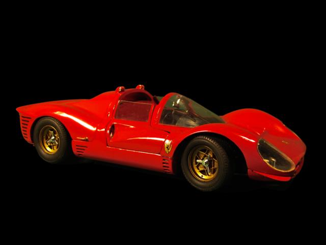 Ferrari 330 P4 Jouef310
