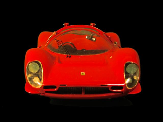 Ferrari 330 P4 Jouef313