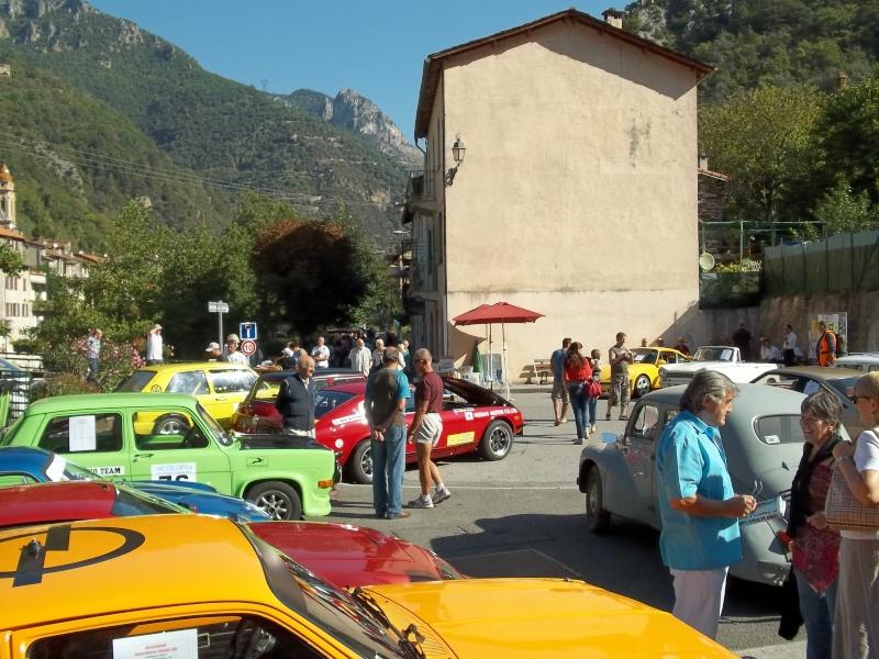 Exposition de véhicules anciens à Fontan 100_1310