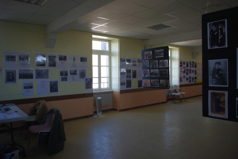 Exposition de costumes et photos sur Pays de Brasparts / St Rivoal Imgp6313