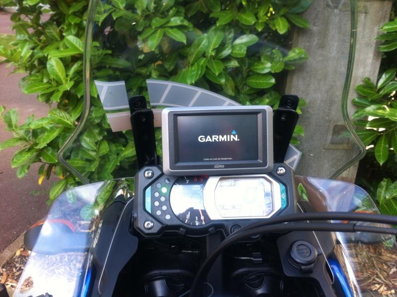 Support GPS Garmin d'origine Yamaha - Page 2 Img_0911