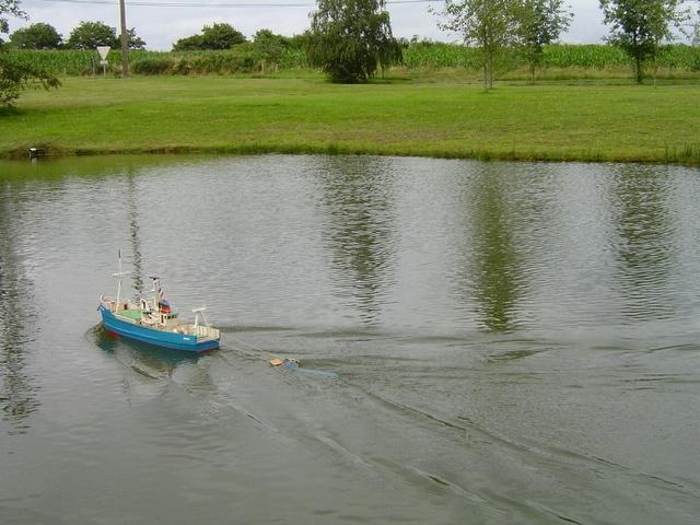 [VIE DES PORTS] Quelques bateaux de pêche (sur nos côtes Françaises) - Page 2 Momo31