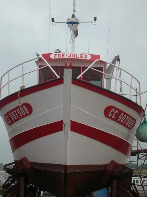[VIE DES PORTS] Quelques bateaux de pêche (sur nos côtes Françaises) - Page 2 Momo_213