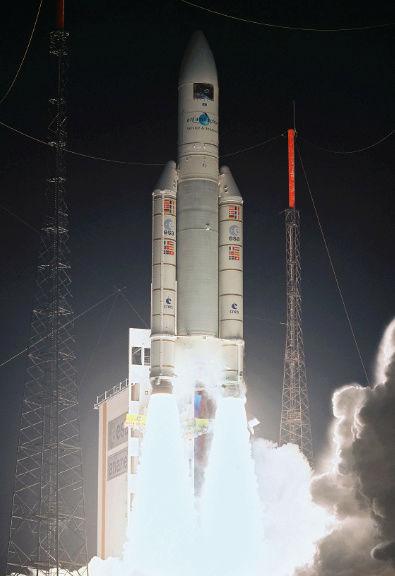 200ème lancement d'Ariane emporte l'ATV Johanes Kepler 40332210