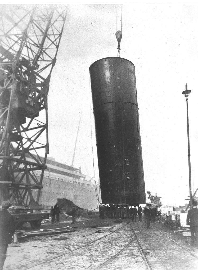 Mardi 31 mai 2011 - 1911 : Centenaire du lancement du paquebot Titanic à Belfast 51278010