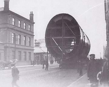 Mardi 31 mai 2011 - 1911 : Centenaire du lancement du paquebot Titanic à Belfast A-funn10