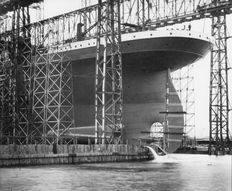 Mardi 31 mai 2011 - 1911 : Centenaire du lancement du paquebot Titanic à Belfast Comple10