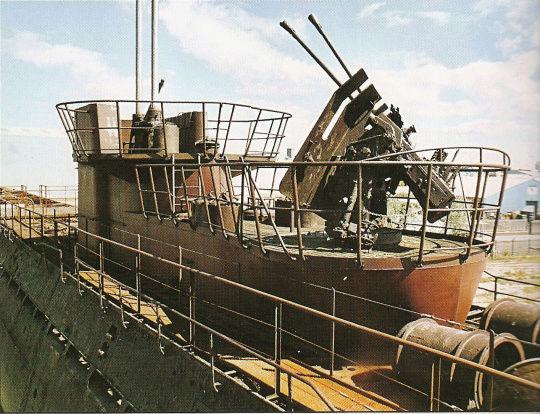 sous-marins jouets et sous-marin musée Photo310
