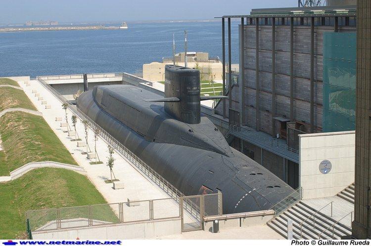 sous-marins jouets et sous-marin musée Photo410