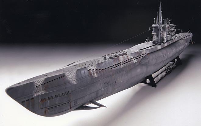 sous-marins jouets et sous-marin musée Revell10