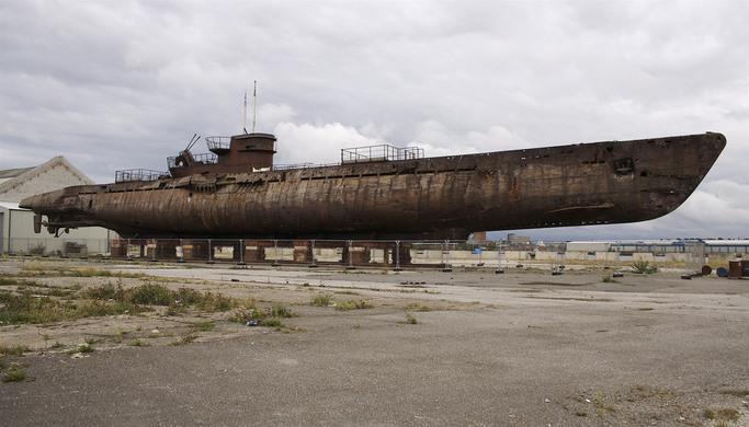 sous-marins jouets et sous-marin musée U53410