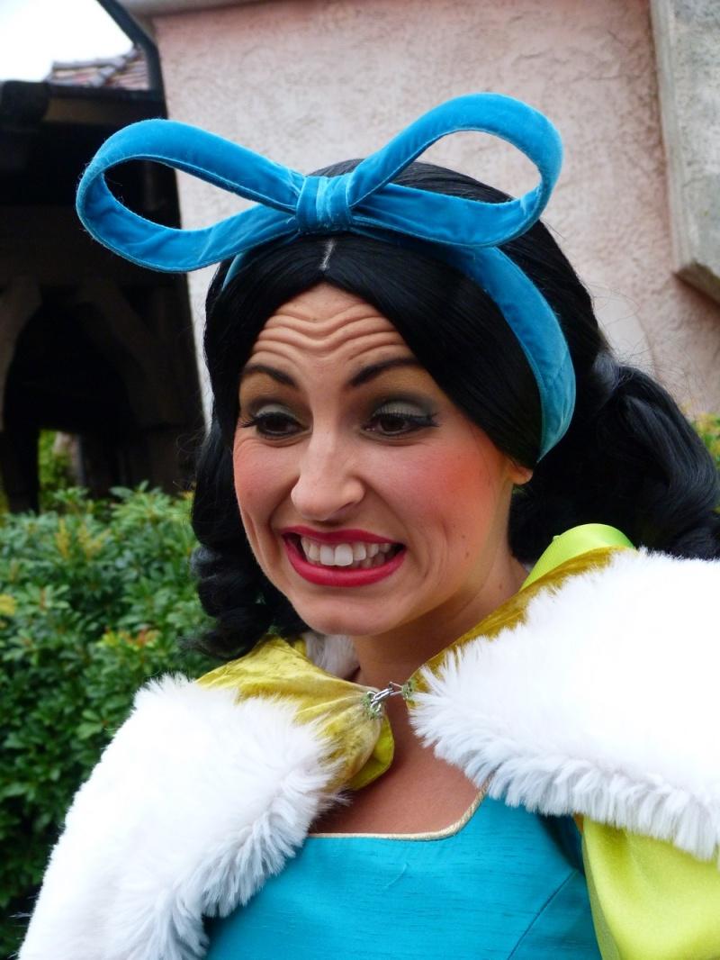 Disney vos photos avec les personnages disney page 15 - Mechante raiponce ...