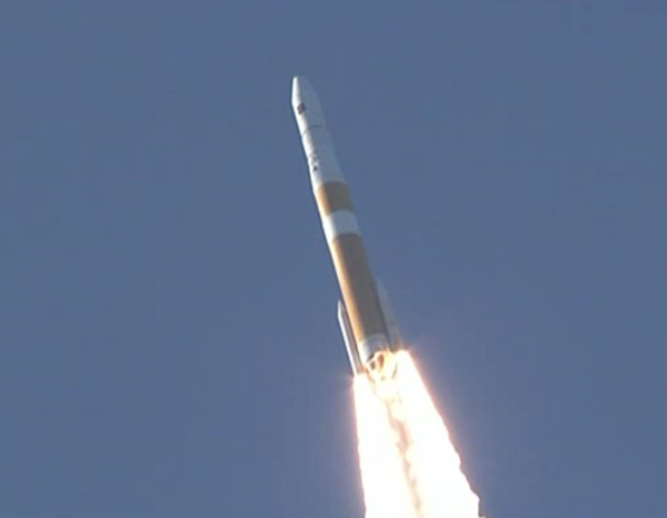 Lancement Delta IV - GPS 2F-3 (04.10.2012) A4xkvm10