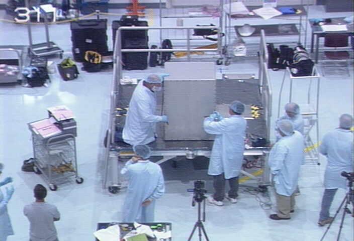 [STS-133] Discovery : Préparatifs (Lancement prévu le 24/02/2011) - Page 8 Chan6l10