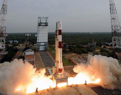 [Inde] PSLV / Cartosat-2B et autres (12/07/2010) - Page 3 Launch10