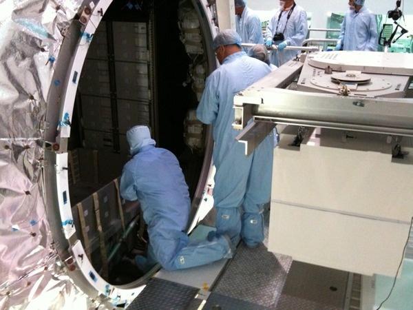 [STS-133] Discovery : Préparatifs (Lancement prévu le 24/02/2011) - Page 9 Sans_213