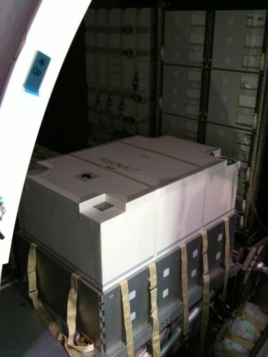 [STS-133] Discovery : Préparatifs (Lancement prévu le 24/02/2011) - Page 9 Sans_217