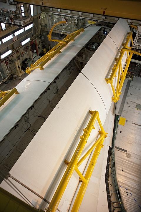 [STS-133] Discovery : Préparatifs (Lancement prévu le 24/02/2011) - Page 9 Sans_227