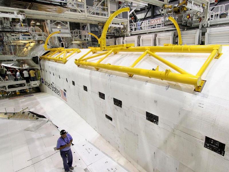 [STS-133] Discovery : Préparatifs (Lancement prévu le 24/02/2011) - Page 9 Sans_229