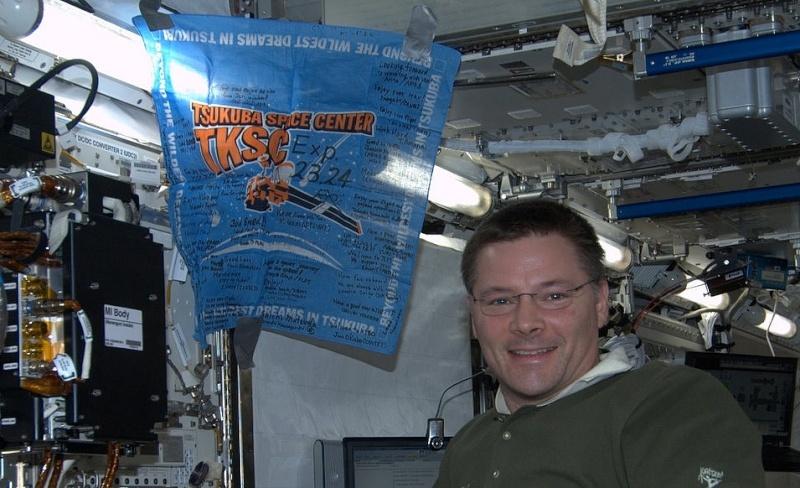 ISS : Expédition 24 - Page 6 Sans_277