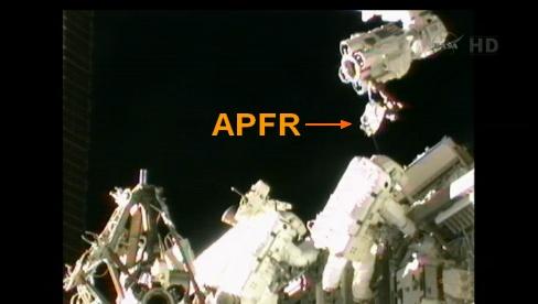 ISS: US-EVA#19 - Opération de secours sur MBSU-1 (05.09.12) - Page 2 Sans_427