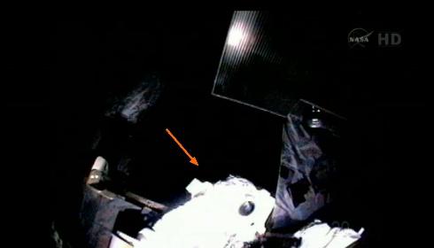 ISS: US-EVA#19 - Opération de secours sur MBSU-1 (05.09.12) - Page 2 Sans_440