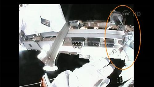 ISS: US-EVA#19 - Opération de secours sur MBSU-1 (05.09.12) - Page 2 Sans_444