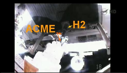 ISS: US-EVA#19 - Opération de secours sur MBSU-1 (05.09.12) - Page 3 Sans_453