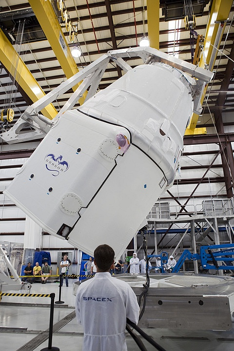Space X: Lancement de Falcon-9 - CRS-1/SPX-1 07.10.2012 - Page 2 Sans_516
