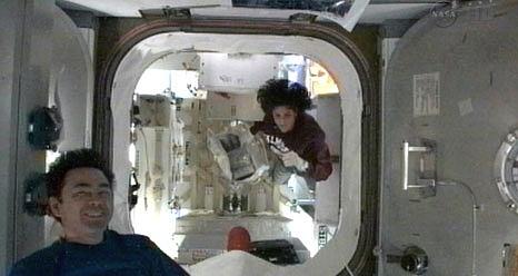 ISS: Expédition 33 (Déroulement de la mission) Sans_536