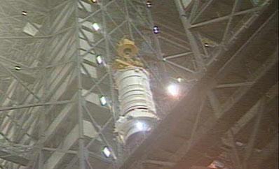 [STS-134] Endeavour : Préparatifs lancement le 29/04/2011 - Page 3 Srb210