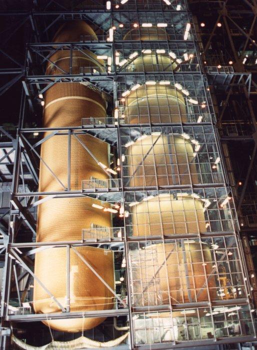 [STS-134] Endeavour : Préparatifs lancement le 29/04/2011 - Page 3 Vab_hb10