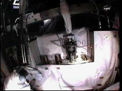 [ISS] Panne + réparation d'un des systèmes de refroidissement  - Page 6 Vlcsn102