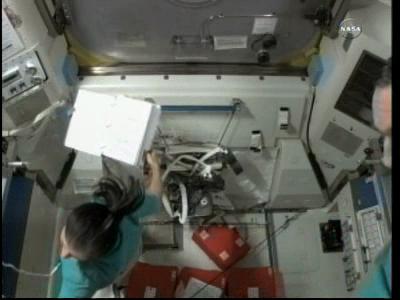 [ISS] Panne + réparation d'un des systèmes de refroidissement  - Page 6 Vlcsn103