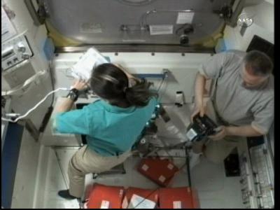 [ISS] Panne + réparation d'un des systèmes de refroidissement  - Page 6 Vlcsn104