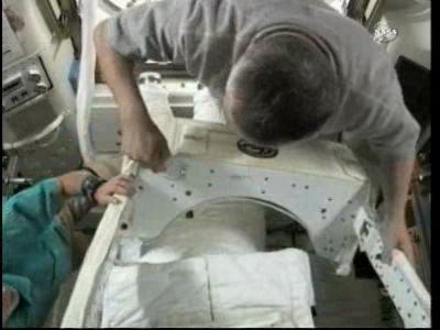[ISS] Panne + réparation d'un des systèmes de refroidissement  - Page 6 Vlcsn109