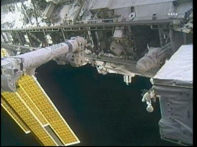 [ISS] Panne + réparation d'un des systèmes de refroidissement  - Page 13 Vlcsn114