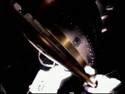[ISS] Panne + réparation d'un des systèmes de refroidissement  - Page 13 Vlcsn121