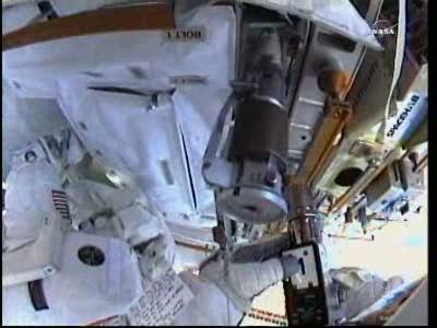 [ISS] Panne + réparation d'un des systèmes de refroidissement  - Page 14 Vlcsn135