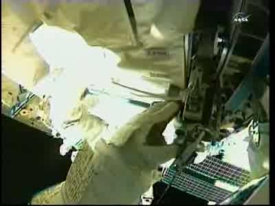 [ISS] Panne + réparation d'un des systèmes de refroidissement  - Page 14 Vlcsn140