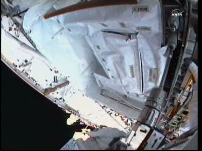 [ISS] Panne + réparation d'un des systèmes de refroidissement  - Page 14 Vlcsn141