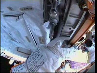 [ISS] Panne + réparation d'un des systèmes de refroidissement  - Page 14 Vlcsn144
