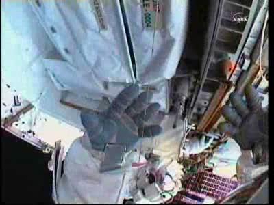 [ISS] Panne + réparation d'un des systèmes de refroidissement  - Page 14 Vlcsn146