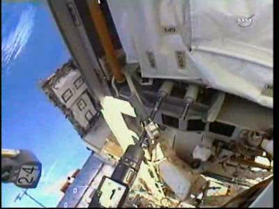 [ISS] Panne + réparation d'un des systèmes de refroidissement  - Page 14 Vlcsn165