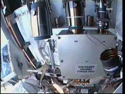 [ISS] Panne + réparation d'un des systèmes de refroidissement  - Page 15 Vlcsn167
