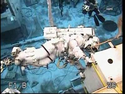 [ISS] Panne + réparation d'un des systèmes de refroidissement  - Page 2 Vlcsna14