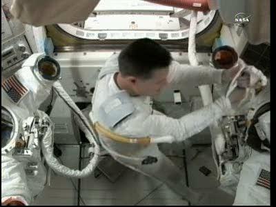 [ISS] Panne + réparation d'un des systèmes de refroidissement  - Page 6 Vlcsna23