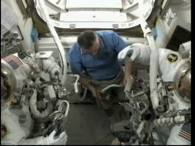 [ISS] Panne + réparation d'un des systèmes de refroidissement  - Page 4 Vlcsna55