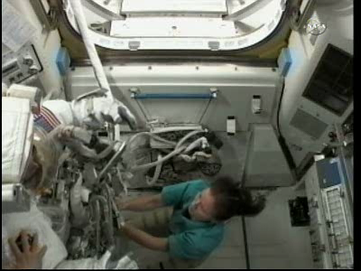 [ISS] Panne + réparation d'un des systèmes de refroidissement  - Page 4 Vlcsna59